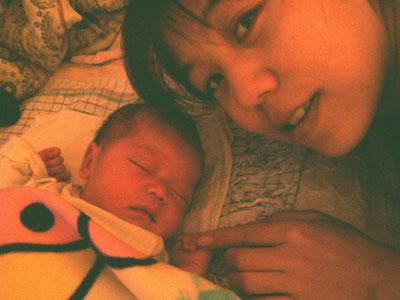 産後一週間たったふうちゃんとサミーラさん